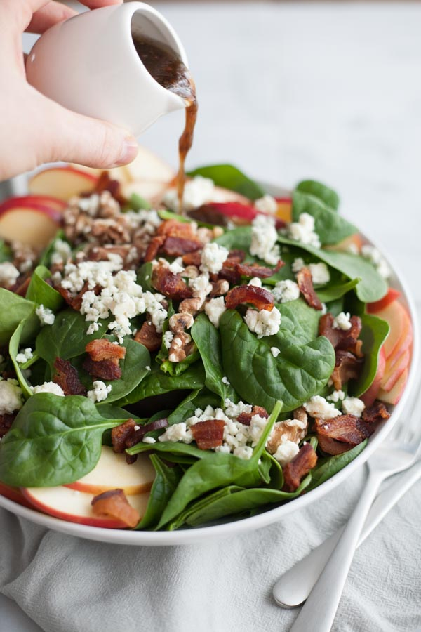 Awesome Toss Bacon Bleu Salad with Chicken, Apple, and Sauteed Pecans