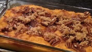 Sweet Potatoes with Toasted Pecan Crumble